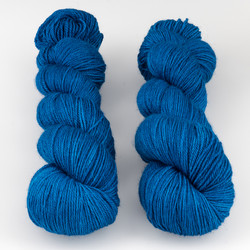 The Uncommon Thread, Posh Fingering // Azurite at  The Loopy Ewe