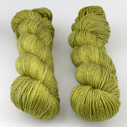 The Uncommon Thread, Posh Fingering // Envy at  The Loopy Ewe