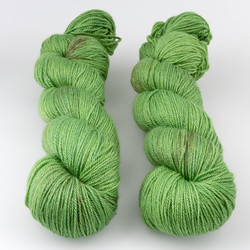 The Uncommon Thread, Posh Fingering // Fern at  The Loopy Ewe