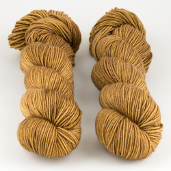 The Uncommon Thread, Lush Worsted // Nutcracker at  The Loopy Ewe