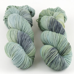 Knerd String, Sport Weight // Oyster Bay at  The Loopy Ewe