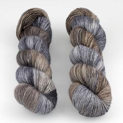 Uschitita Fibre Art, Merino Singles // Stone