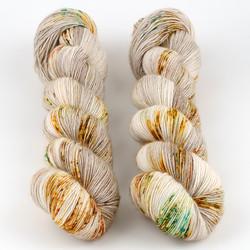 Uschitita Fibre Art, Merino Singles // Boxy