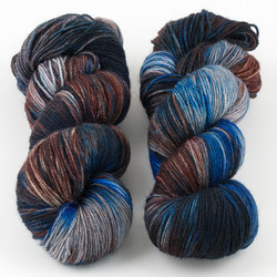 Essence of Autumn, Pasture Sock // Coldwater