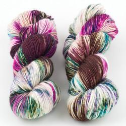 Essence of Autumn, Pasture Sock // Hydrangea