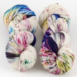 Essence of Autumn, Pasture Sock // Nympheas