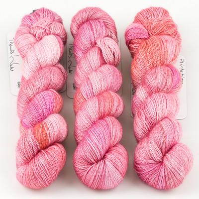 JulieSpins, Cashmere Silk Lace // Flirtation