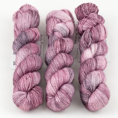 JulieSpins, Cashmere Silk Lace // Smoky Primrose