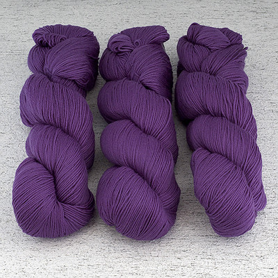 Cascade, Heritage Sock - Solids // 5625 Purple Hyacinth
