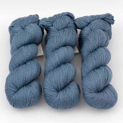 Cascade, Heritage - Silk // 5686 China Blue