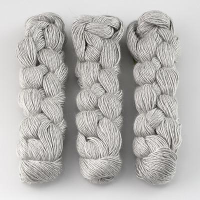 Blue Sky Fibers, Metalico // (1611) Silver