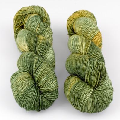 Fibernymph Dye Works, Bounce // Mossy Bottom