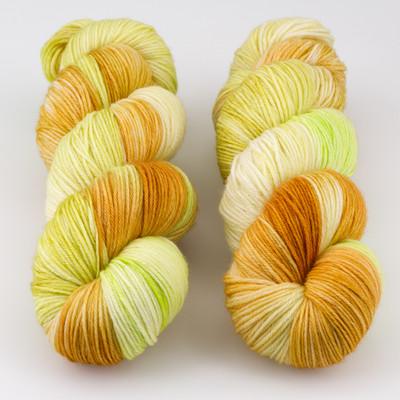 JulieSpins, MCN 430 // Papaya Salad
