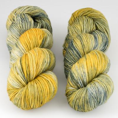 JulieSpins, MCN 430 // Lemongrass