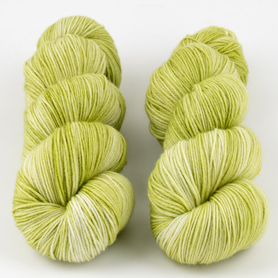 JulieSpins, MCN 430 // Lemonlime