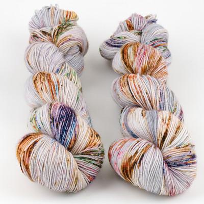 Hedgehog Fibres, Sock Yarn // Heron