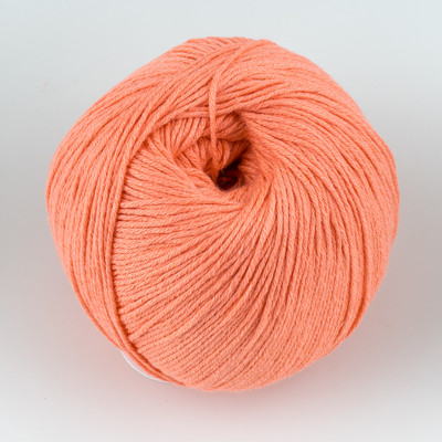 Universal Yarn, Bamboo Pop // Coral (122)
