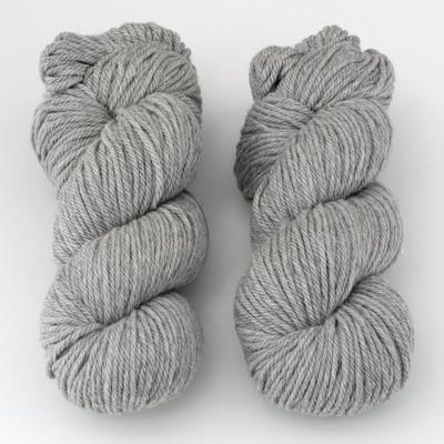 Cascade, 220 Superwash Aran // 1946 Silvery Grey