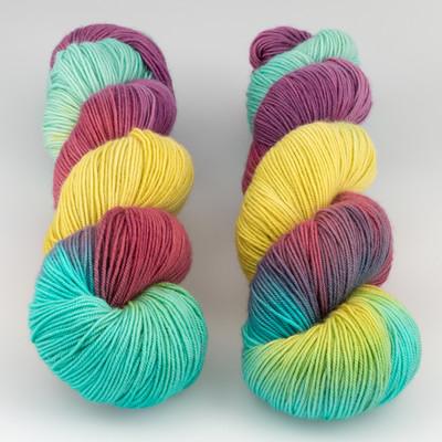 Blue Moon Fiber Arts, Socks that Rock Lightweight // Jumpin Jellybeans