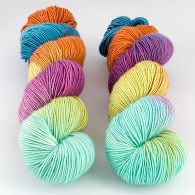 Blue Moon Fiber Arts, Socks that Rock Lightweight // That 70's Skein