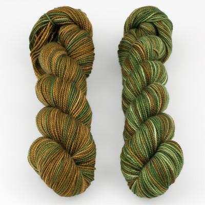 Fibernymph Dye Works, Inversibles // Khaki/Seal Brown