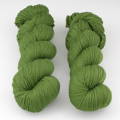 Rosy Green Wool, Cheeky Merino Joy // Lucky Clover x (054)