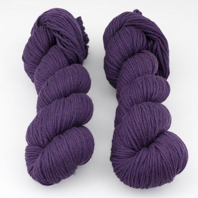 Rosy Green Wool, Big Merino Hug // Blackberry (101)