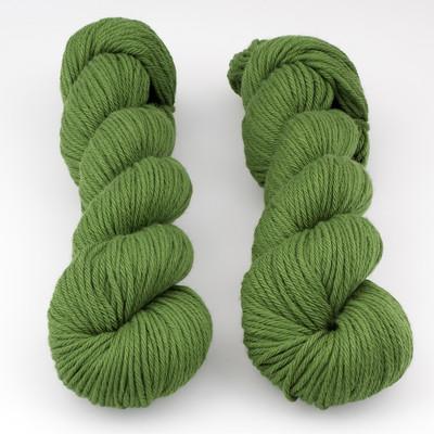 Rosy Green Wool, Big Merino Hug // Lucky Clover x (054)