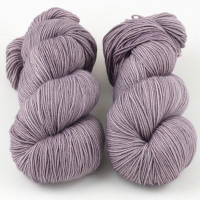 Magpie Fibers, Swanky Sock // Linger
