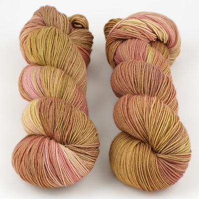 Knerd String, Fingering Weight // Finally Fall