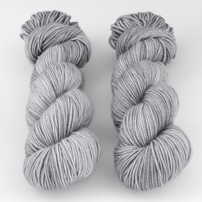 The Uncommon Thread, Lush Worsted // Ashes to Ashes