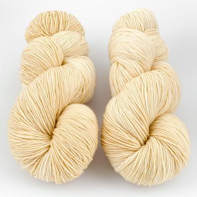 Ancient Arts Fibre Crafts, Heavy Fingering Yarn // Golden Retriever