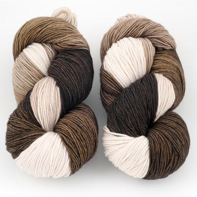 Ancient Arts Fibre Crafts, Heavy Fingering Yarn // Siamese Cat