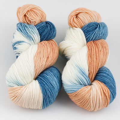Ancient Arts Fibre Crafts, Heavy Fingering Yarn // Flame Point Siamese