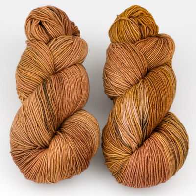Ancient Arts Fibre Crafts, Heavy Fingering Yarn // Abyssinian Cat