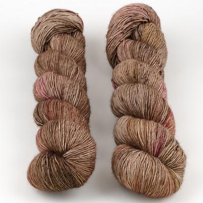 Uschitita Fibre Art, Merino Singles // Amygdala