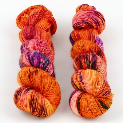 Uschitita Fibre Art, Merino Singles // Coral