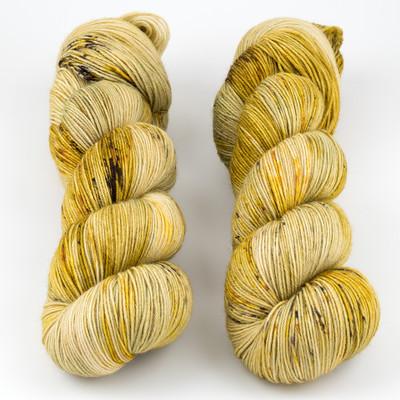 Hue Loco, Phyllis Sock // Harvest