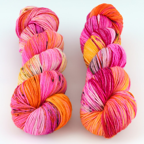 Dream in Color, Smooshy with Cashmere // Desert City Wattage at  The Loopy Ewe