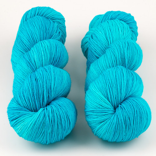 JulieSpins, Euro Fingering 820 // Tonal Turquoise at  The Loopy Ewe