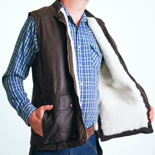 Bulldust wool oilskin vest