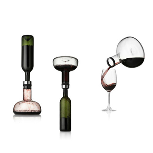 The Wine Breather Carafe with a build-in decanter.