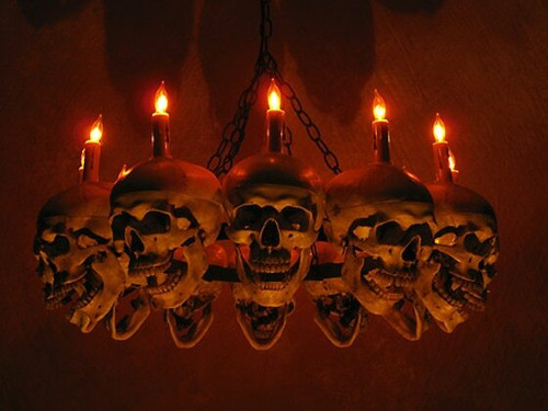 Life-Size Skull Chandelier With 12 Skulls