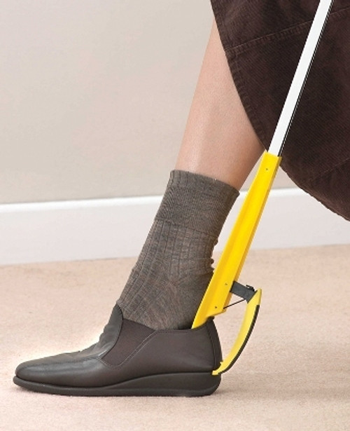 LONG REACH SHOE HELPER USED ON SHOE