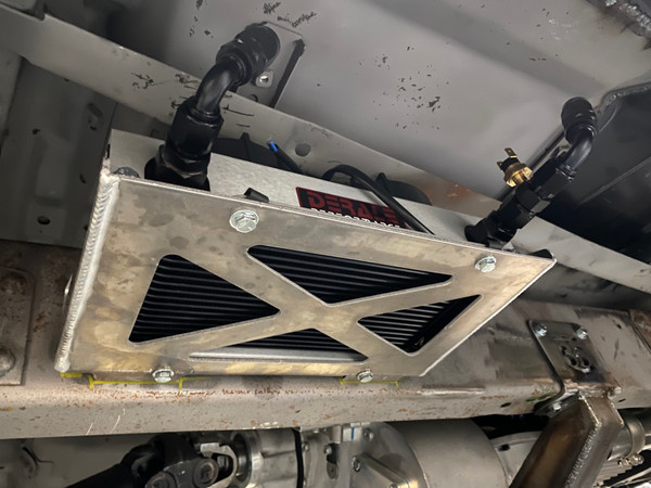 bare bracket shown under the cab on a 67-72 C10