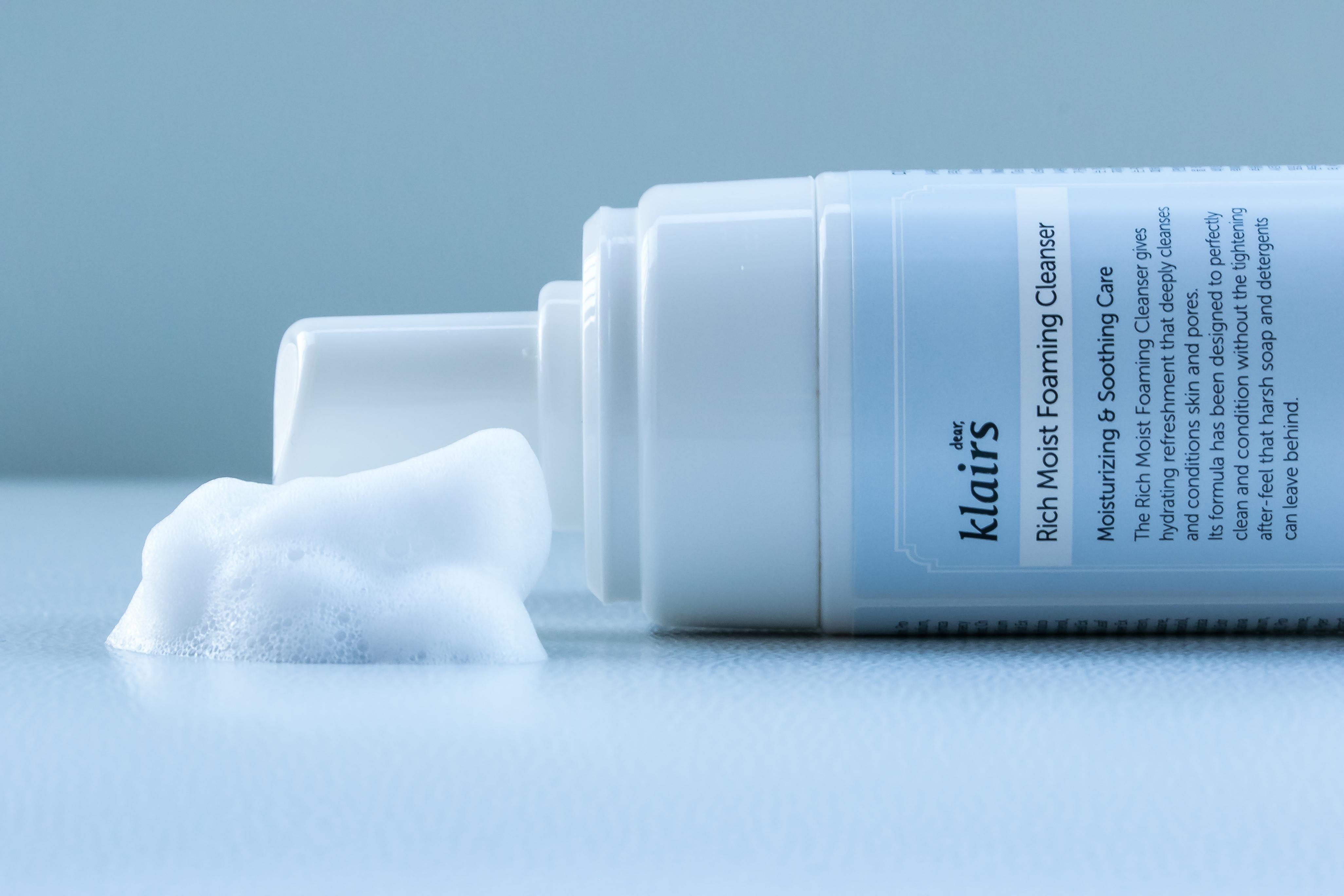 Summer k-beauty essential: Klairs Rich Moist Foaming Cleaser