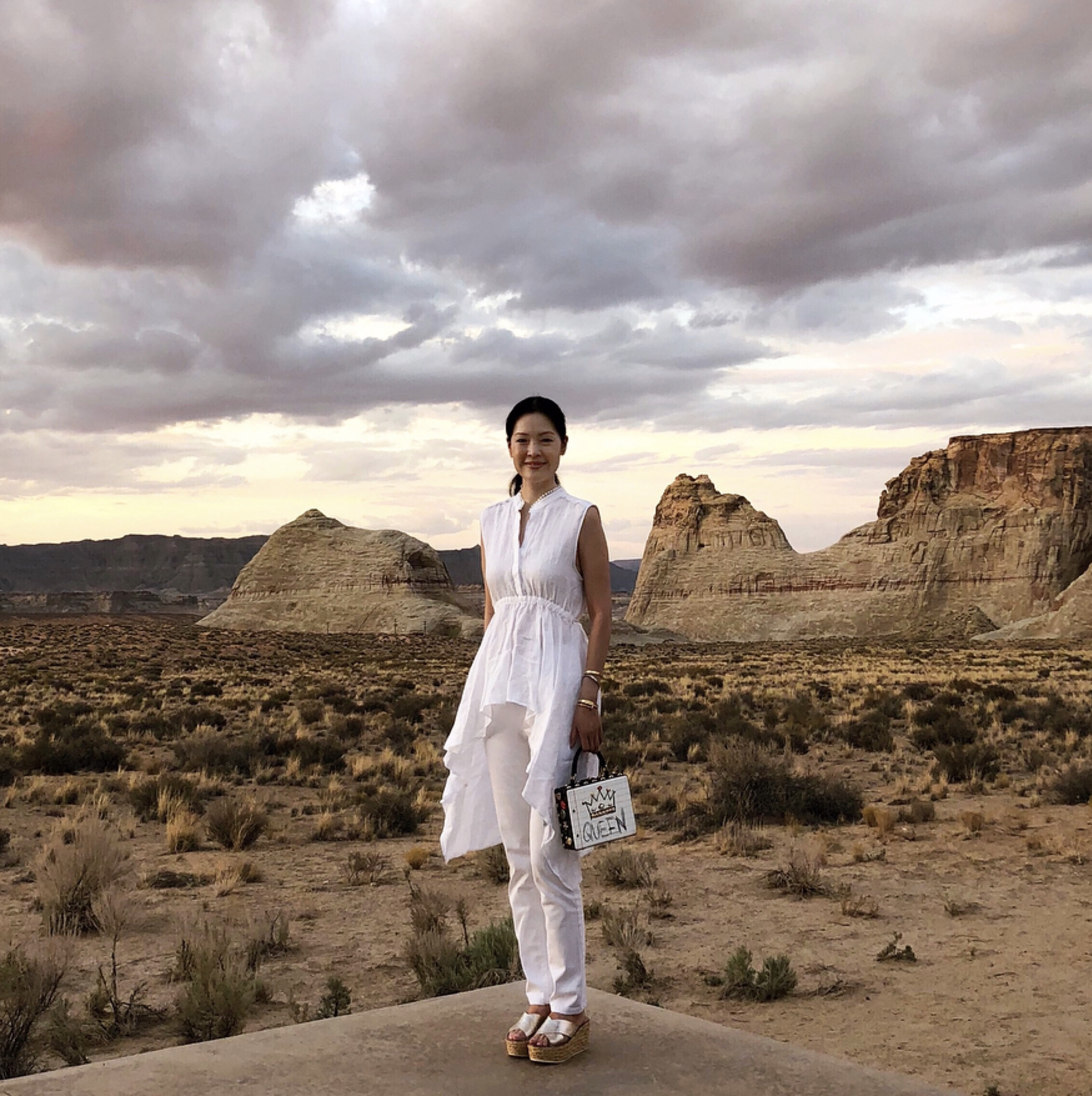 A Photo of Gothamista in a Desert