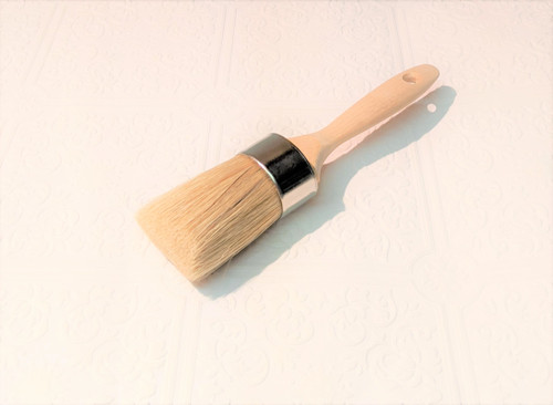 Our Paint & Wax Medium Brush measures 8 1/4 inches in length, including the contoured 5 inch beaver tail handle. The oval head measures 1 5/8 x 1 3/8 inches, with 2 1/8 inches of dense, firmly epoxied white china bristles. The brush head has hand crafted chiseled bristle head, making it easy for paint or wax application.