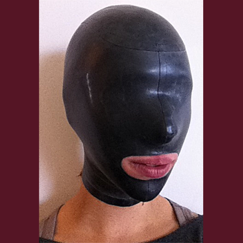 Open-Mouthed Enclosure Hood