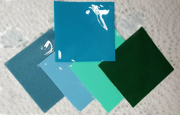 Going clockwise from the top we have: Turquoise, Metallic Green, Jade, Light Blue, Electric Blue